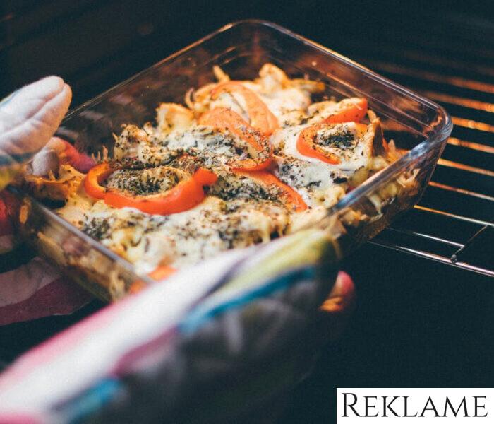 Rengøringsfif: Sådan holder du nemt og enkelt din ovn ren